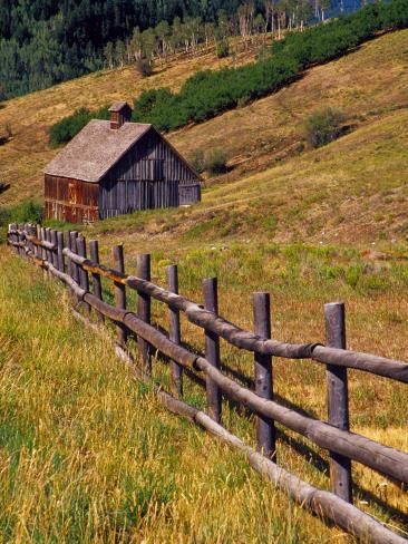 Barn on Last Dollar Road near Telluride, Colorado, USA Photographic Print
