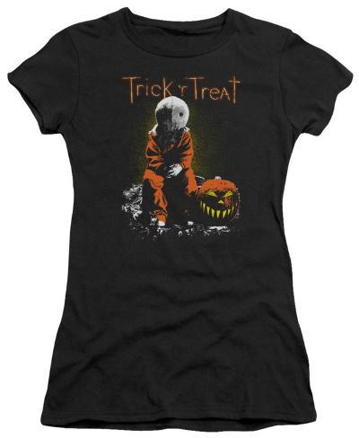 Juniors: Trick 'R' Treat - Sitting Sam Juniors (Slim) T-Shirt