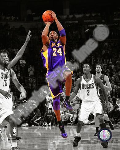 Kobe Bryant 2010-11 Spotlight Action Photo