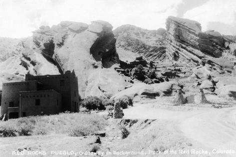 Rocky Mt Nat'l Park, Colorado - Red Rocks Park; View of a Red Rocks Pueblo Art Print
