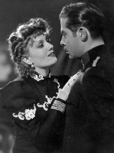 Isa Miranda and Fernand Gravey: Le Mensonge De Nina Petrovna, 1937 写真プリント
