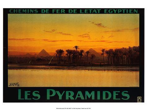 Pyramides Art Print