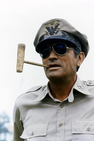 Mac Arthur 1977 Directed by Joseph Sargent Gregory Peck Fotografia