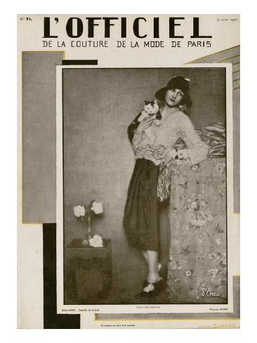 L'Officiel, July 1927 - Olga Puffkine Art Print