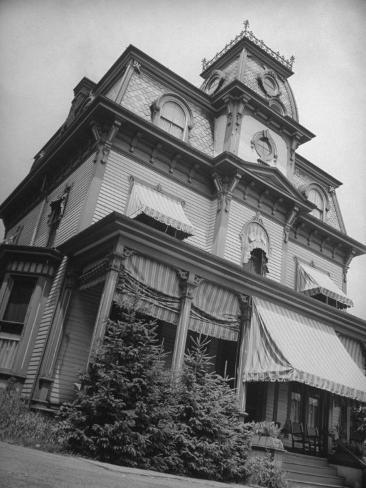 Exterior View of the Victorian-Style House of the Mansard Family in the Hudson River Valley Photographic Print