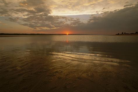 The Sunsets over Calamus Reservoir Valokuvavedos
