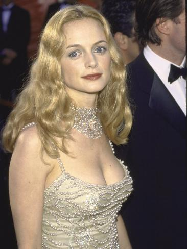 Actors Heather Graham at Academy Awards Premium Photographic Print