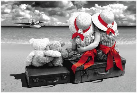 Molly & Macy Bon Voyage Poster