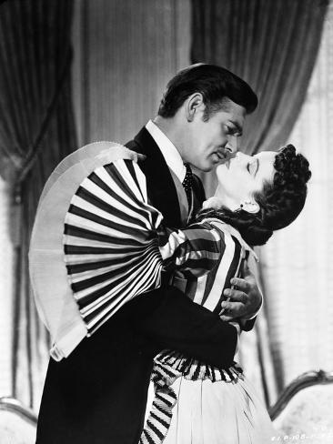 Gone with the wind scarlett ohara and rhett butler kissing scene black and white