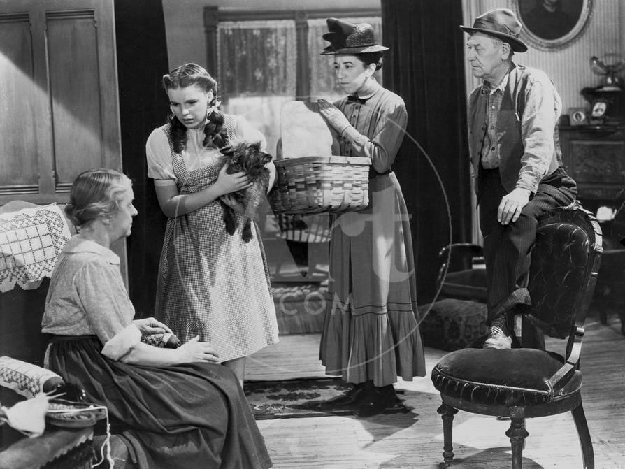 Wizard Of Oz Three People Listening At Old Woman Talking In Black And White Photo By Movie Star News AllPosters