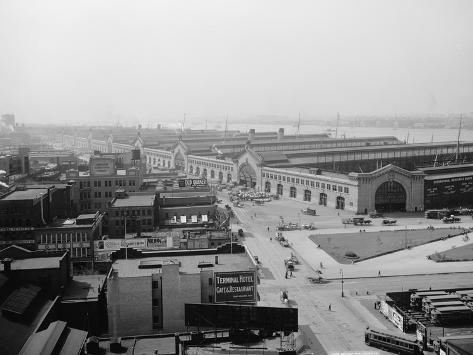 New Chelsea Piers, New York, C.1900-20 Photographic Print
