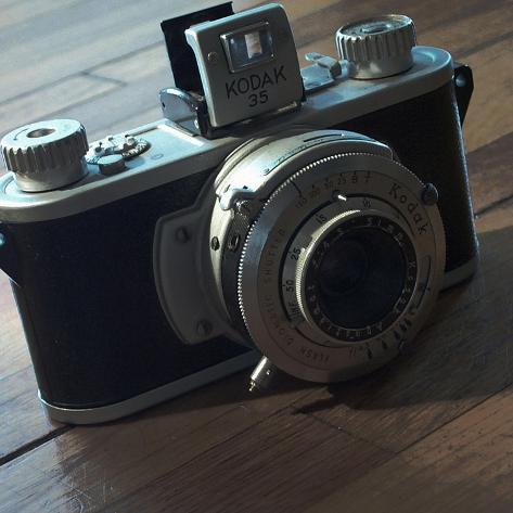 American Antiques: Camera Giclee Print