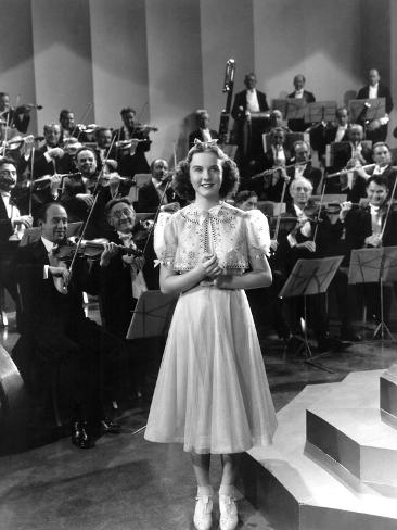 One Hundred Men And A Girl, Deanna Durbin, 1937 Photo