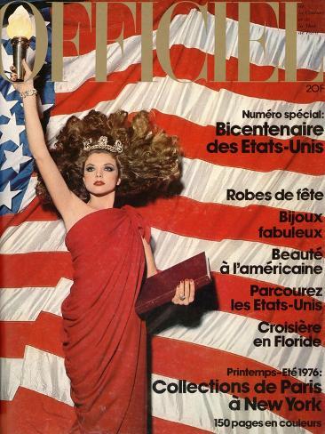 L'Officiel, December 1975 - Robe de Pierre Cardin en Crêpe Rouge d'Abraham, Bijoux de M. Gérard Taidevedos