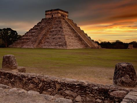 The Kukulcan Pyramid or El Castillo at Chichen Itza, Yucatan, Mexico Photographic Print