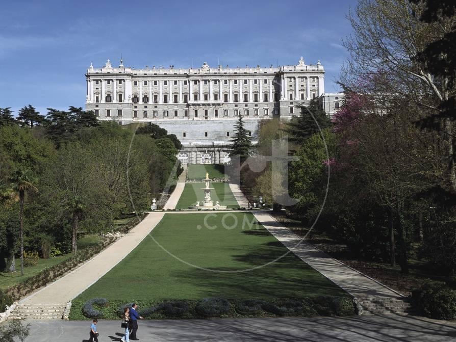 Palacio Real and Campo Del Moro, Madrid, Spain Lámina fotográfica ...