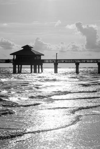 Fishing pier fort myers beach at sunset florida for Fort myers beach fishing pier