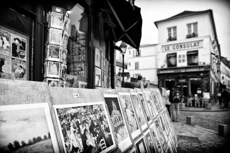 Gallery - Montmartre - Paris - France Photographic Print