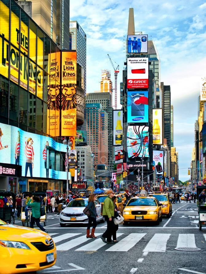 Lifestyle Instant Times Square Manhattan New York City United States Photographic Print Philippe Hugonnard Allposters Com