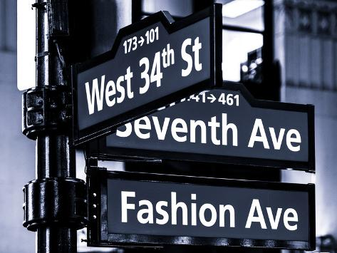 Fashion avenue street sign 19