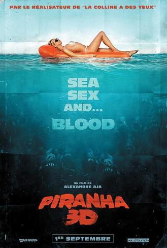 Piranha 3-D - French Style Poster