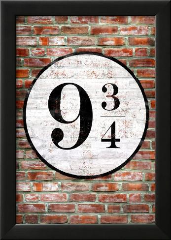 Platform 9 3/4 King's Cross Poster Print Lamina Framed Poster