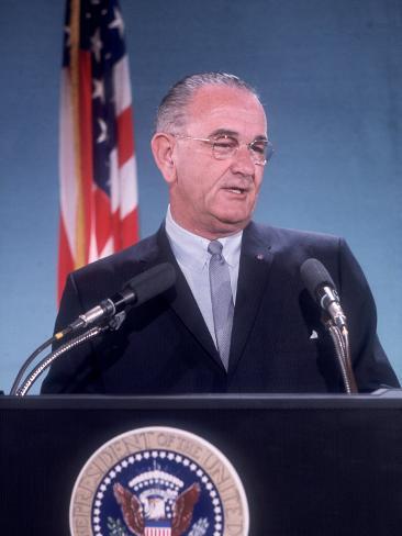Pres. Lyndon B. Johnson Holding White House Press Conference Photographic Print