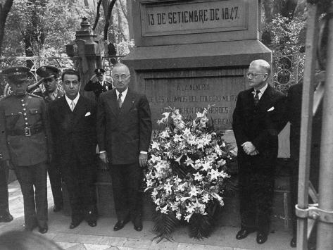 President Harry S. Truman and Mexican Ambassador Walter Thurston Visiting Chapultepec Monument Stretched Canvas Print