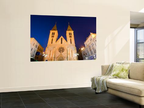 Catholic Cathedral at Dusk Seinämaalaus