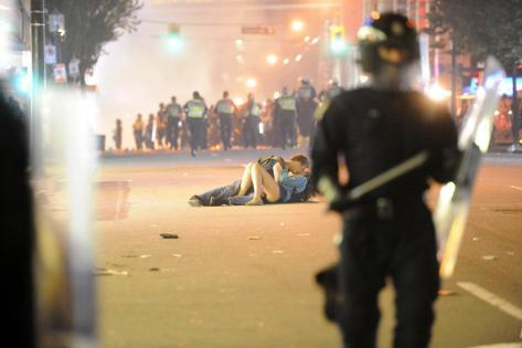Couple Kisses During Vancouver Riot after the Canucks' NHL Championship Loss: June 15 2011 Photographic Print
