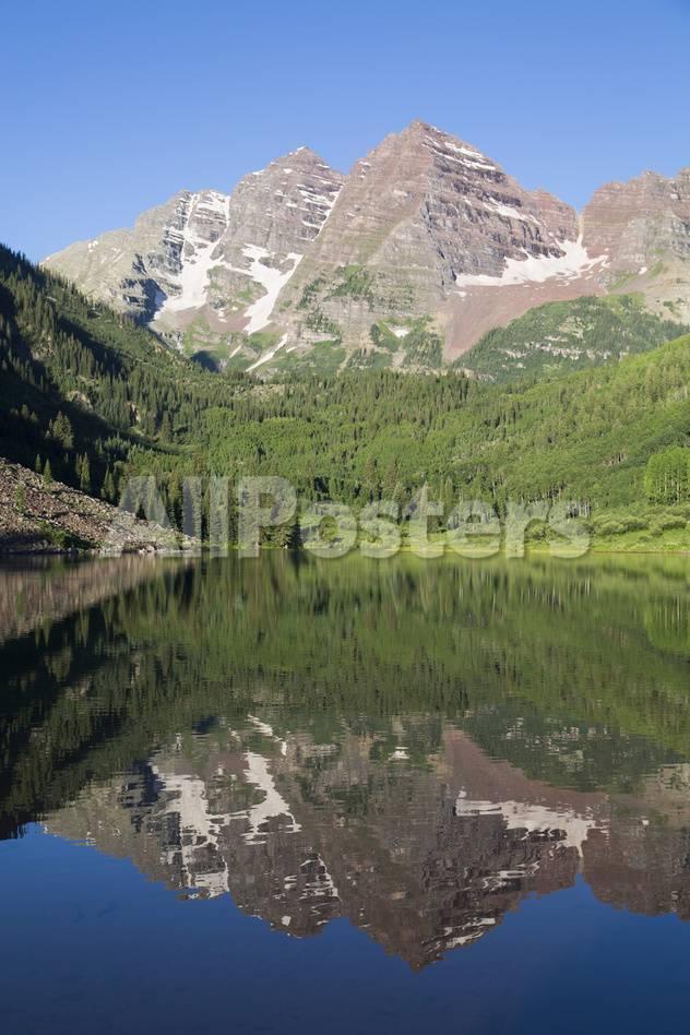 Maroon Lake And Maroon Bells Peaks In The Background Maroon Bells Scenic Area Colorado United St