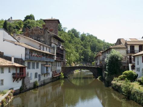 Saint jean pied de port basque country pyrenees - How to get to saint jean pied de port ...