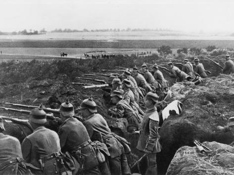 German Soldiers in their Trenches on the Western Front During World War I'  Photographic Print - Robert Hunt | AllPosters.com
