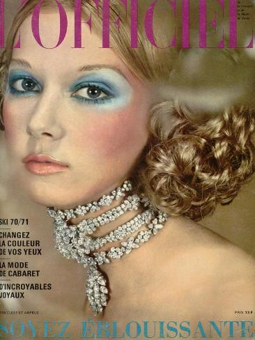 L'Officiel, 1970 - un Collier de Van Cleef et Arpels Style Reine Alexandra Taidevedos