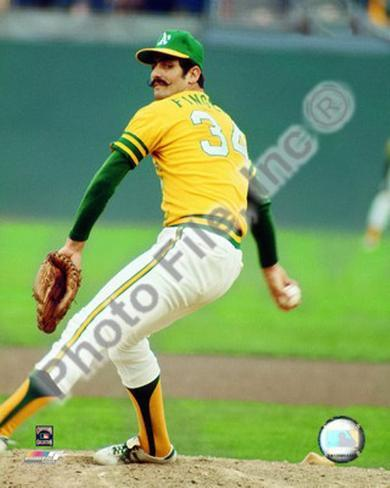 Rollie Fingers Action Photo