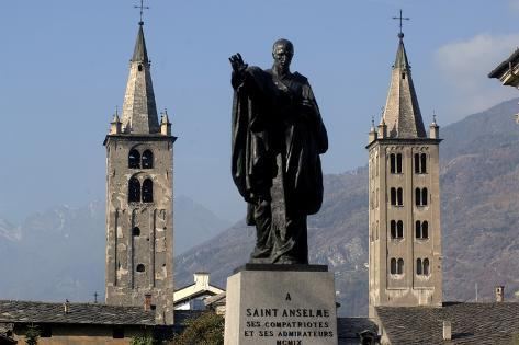 Romanesque Bell Towers of Aosta Cathedral and Statue of Saint Anselm of Aosta Valokuvavedos