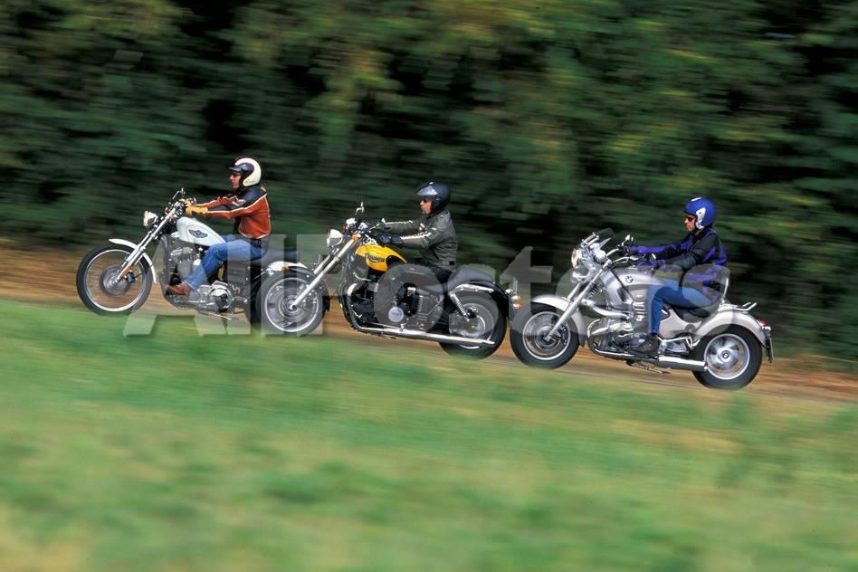 Harley-Davidson Sportster 1200 Custom Lámina fotográfica por Rossen ...