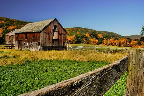 Old Barn in Kent, Connecticut, Usa Photographic Print