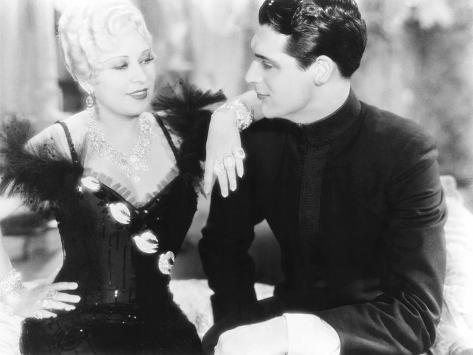 She Done Him Wrong, from Left: Mae West, Cary Grant, 1933 写真