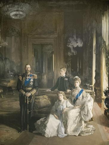 The Royal Family at Buckingham Palace, 1913 Lámina giclée