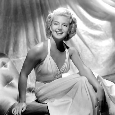 Slightly Dangerous, Lana Turner, 1943 Photo