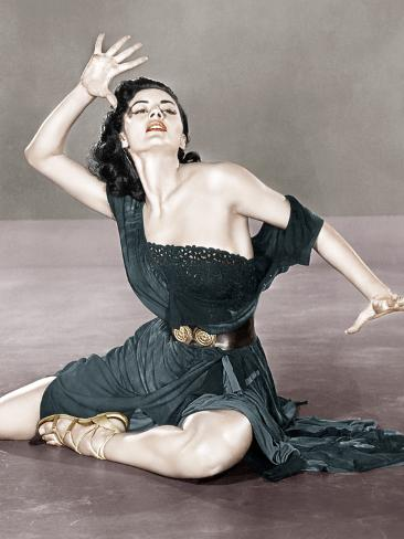 Sombrero, Cyd Charisse, 1953 Photo