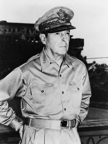 Digitally Restored Vector Photo of Douglas MacArthur Photographic Print
