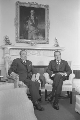 President Richard Nixon and Soviet Leader Leonid Brezhnev Seated in the White House Photographic Print