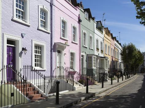 Pastel coloured terraced houses bywater street chelsea for Meaning of terrace in english