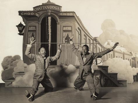 Sun Valley Serenade, Nicholas Brothers, 1941, Doing A Dancing Split Photo