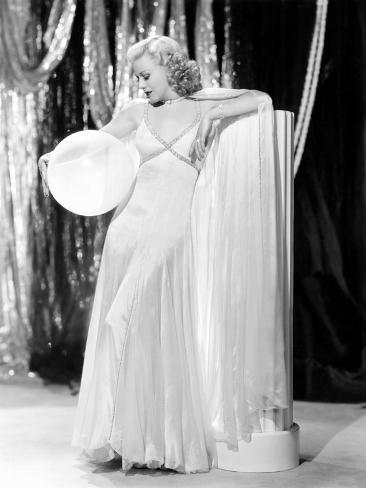 Swing Time, Ginger Rogers in Ensemble Designed by Bernard Newman, 1936 Fotografía