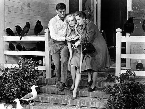 The Birds, Rod Taylor, Tippi Hedren, Jessica Tandy, 1963 Photo