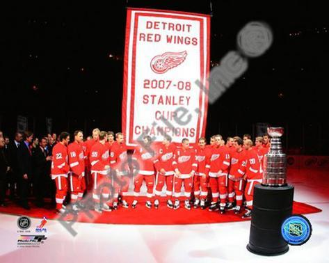 The Detroit Red Wings with the 2007-08 Stanley Cup Championship Banner Photo