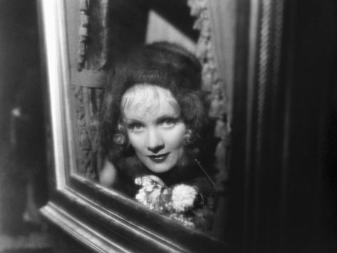 The Scarlet Empress, Marlene Dietrich As Catherine The Great, 1934 写真